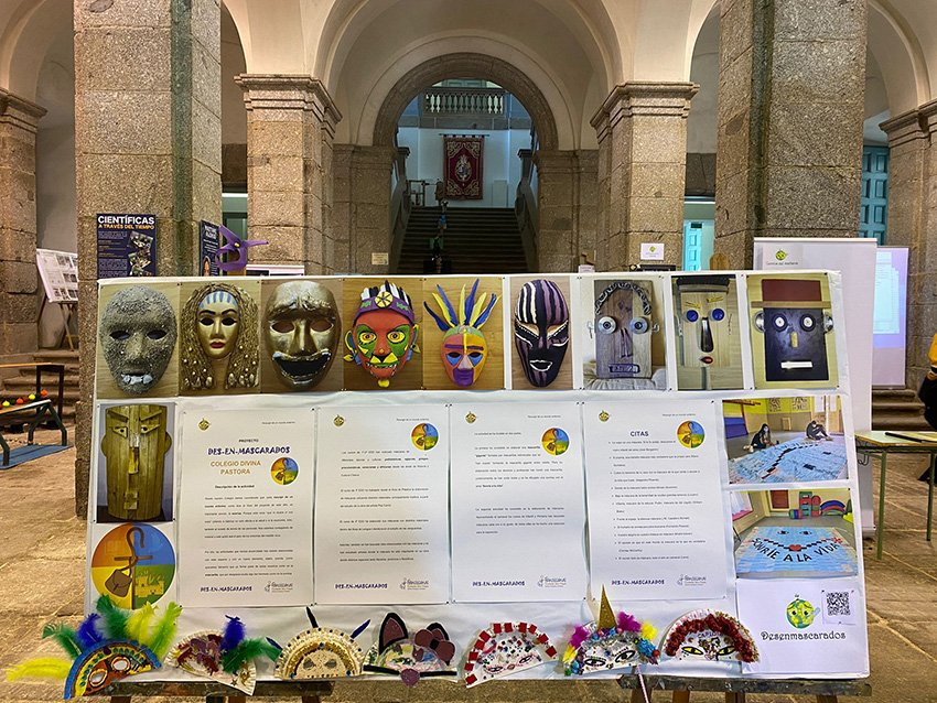 """Exposición """"Resurgir de un Mundo Enfermo"""" en el Palacio de La Mosquera de Arenas de San Pedro"""