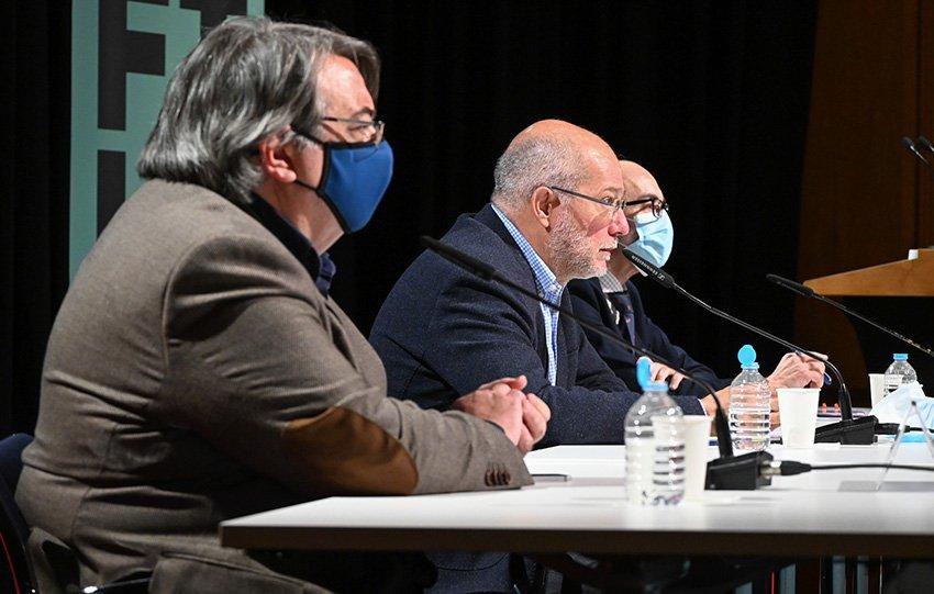 I Festival Internacional de Literatura (FILE) en Castilla y León.