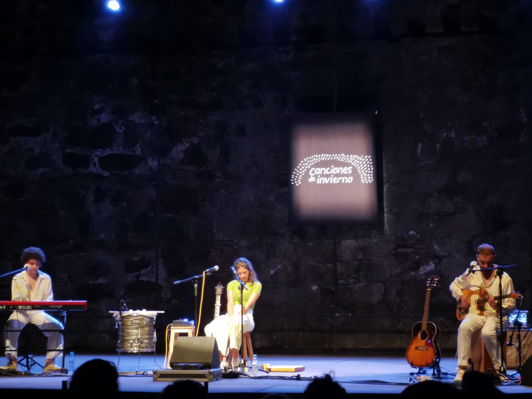 Izaro en concierto en Canciones de Invierno en Arenas de San Pedro