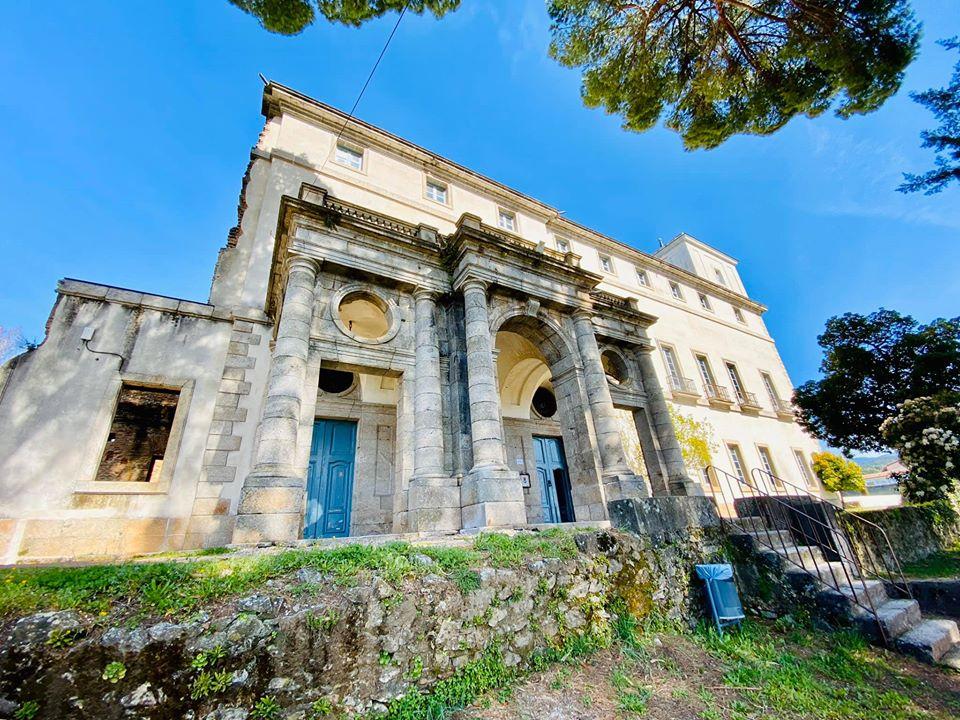 El Palacio de La Mosquera de Arenas de San Pedro mostrado por Goya en visitas teatralizadas los sábados y domingos de julio y agosto de 2021.